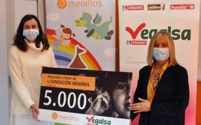 Fundación Meniños recibe donación de Vegalsa-Eroski para familias con niños en situación de vulnerabilidad