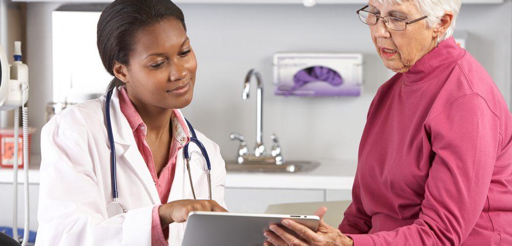 La 'nonprofit' National Medical Fellowships lanza un programa dotado con 100 millones de dólares por Bristol Myers Squibb Foundation para ayudar a aumentar la diversidad en los ensayos clínicos