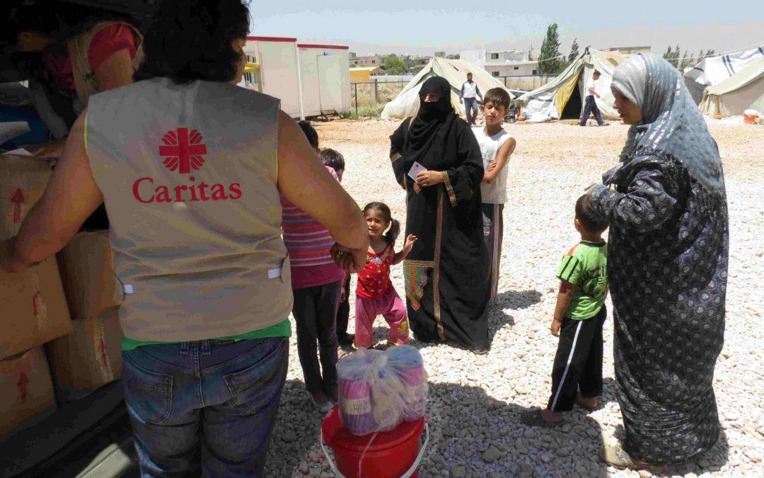 """Incremento de donaciones de Fundación """"la Caixa"""" a Cáritas para la atención de necesidades sociales provocadas por la pandemia"""