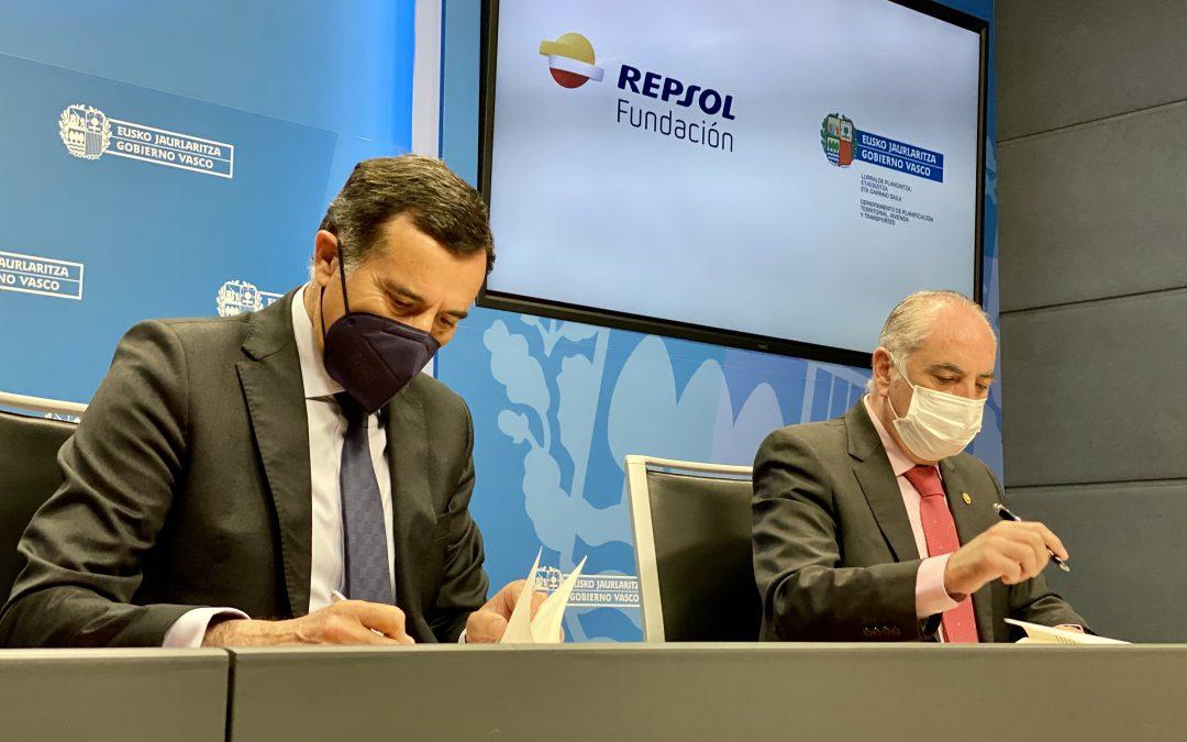 Repsol respaldará una nueva fundación pública que impulsará la regeneración urbana de Euskadi y un modelo de barrio sostenible, accesible y cohesionado socialmente