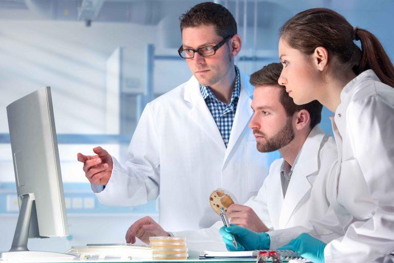 Ocho proyectos biomédicos del CSIC reciben 6,5 millones del programa de ayudas CaixaResearch