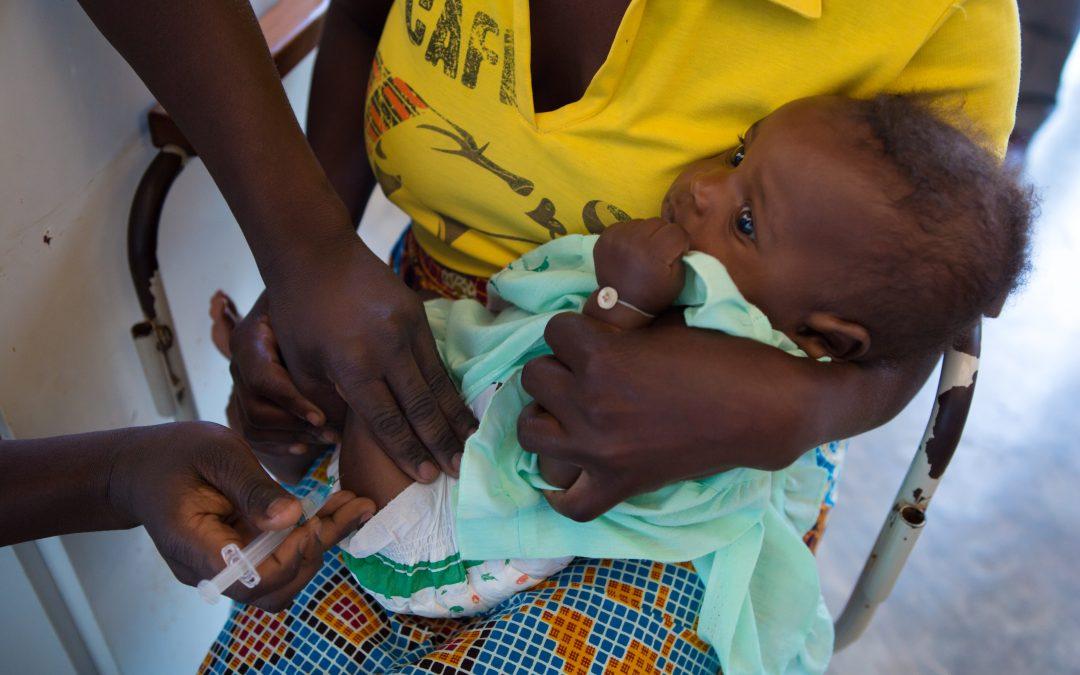 """Siete millones de niños vacunados en Latinoamérica y África gracias a la Alianza para la Vacunación Infantil impulsada por las fundaciones Gates y """"la Caixa"""""""